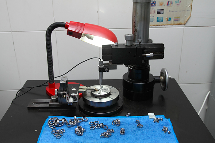 Bearing roundness testing instrument of SWS Bearings LTD